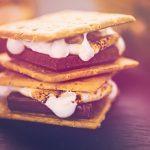 Recette facile pour des S'mores au chocolat au lait Hershey's®
