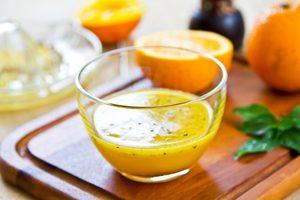 Recette santé de sauce à salade au sésame et à l'orange