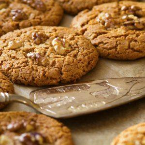Biscuits secs aux noix et aux épices