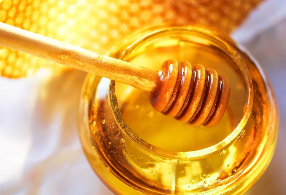 Maux de gorge: les meilleurs remèdes naturels et remèdes maison les plus efficaces pour guérir le mal de gorge.