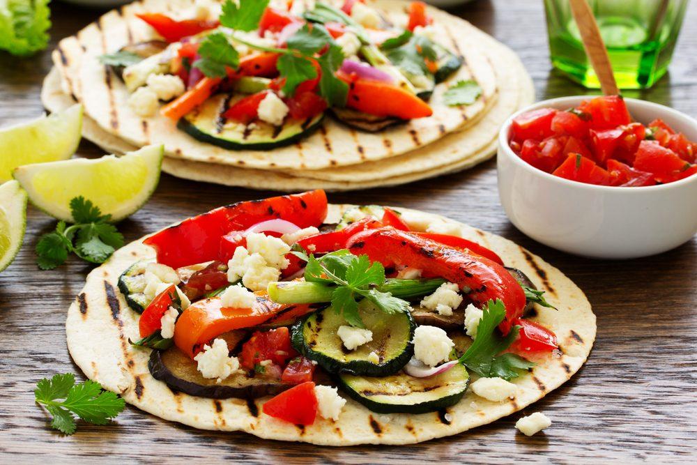 Recette de tacos v g avec salsa maison et guacamole for Assaisonnement tacos maison