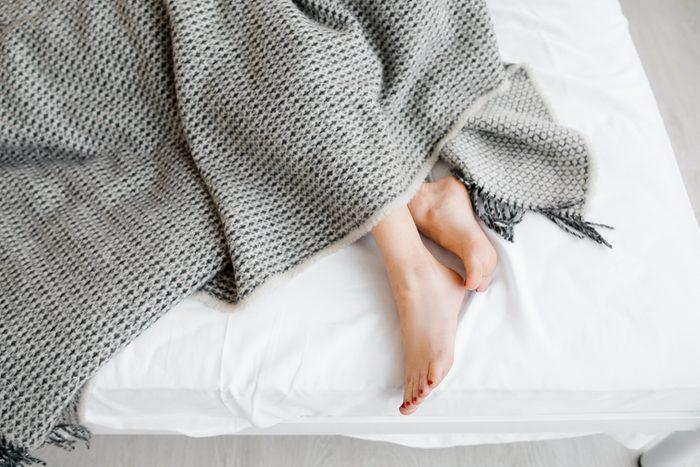 Syndrôme des jambes sans repos: pourquoi mes jambes s'agitent?