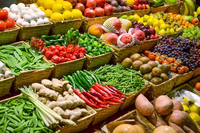 Augmentez votre consommation de fruits et de légumes.