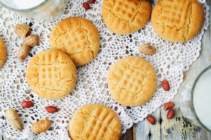 Une recette santé de biscuits au beurre d'arachides