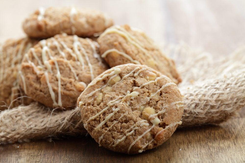 Des biscuits santé aux épices, noix et filet d'érable