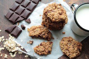 Biscuits à l'avoine et aux grains de chocolat