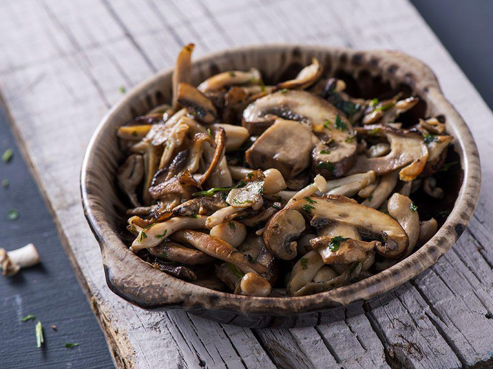 Le champignon est un accompagnement savoureux.
