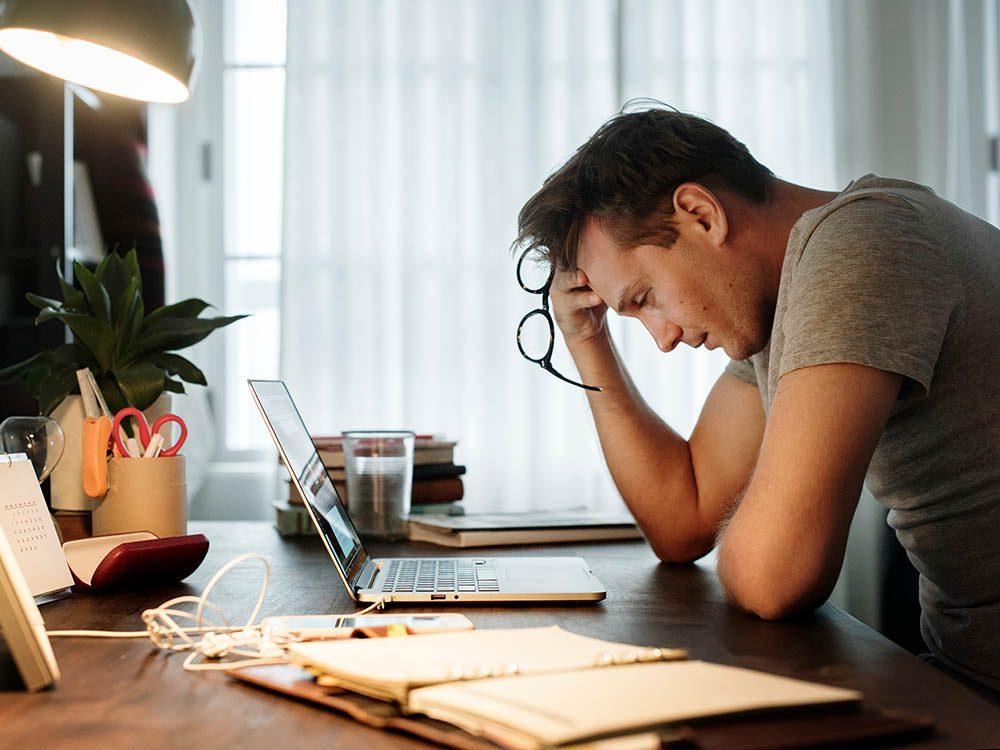 Un mal de ventre peut être liés à des ulcères gastroduodénaux.