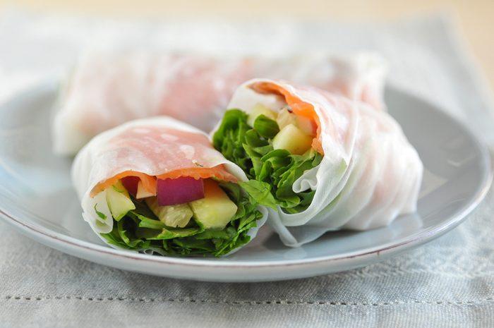 La meilleure recette végétarienne de rouleaux thaï.