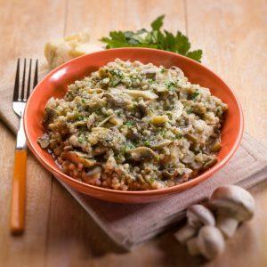 Risotto d'orge perlé, asperges et champignons
