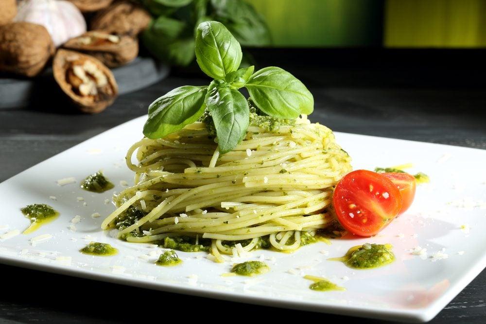 Une des meilleures recettes de spaghetti au pesto de roquette