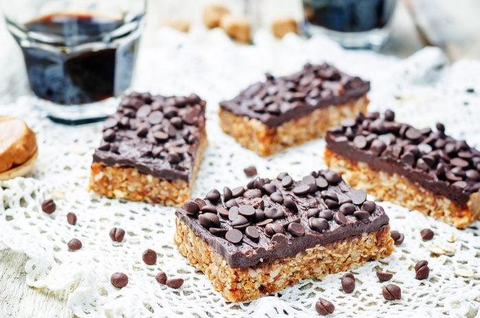 Une recette de barres aux grains entiers et chocolat santé et nutritive
