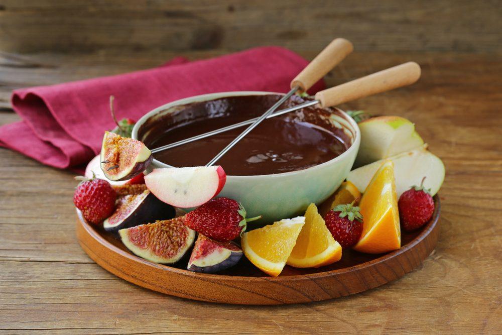 Cette fondue au chocolat est faible en calories