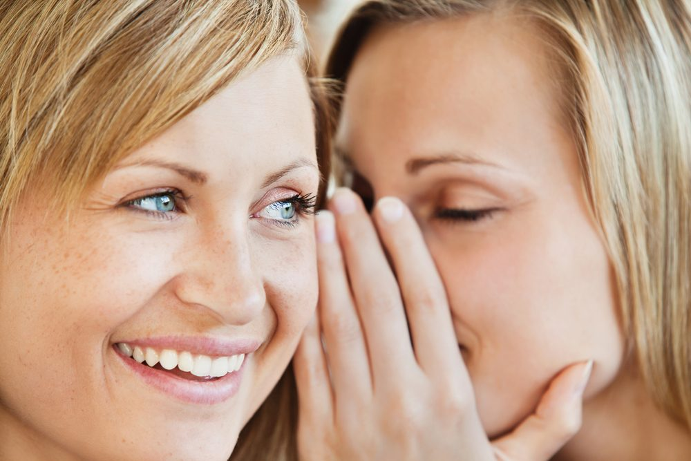 Parlez des problèmes à votre partenaire avant d'en discuter avec vos proches et amis.