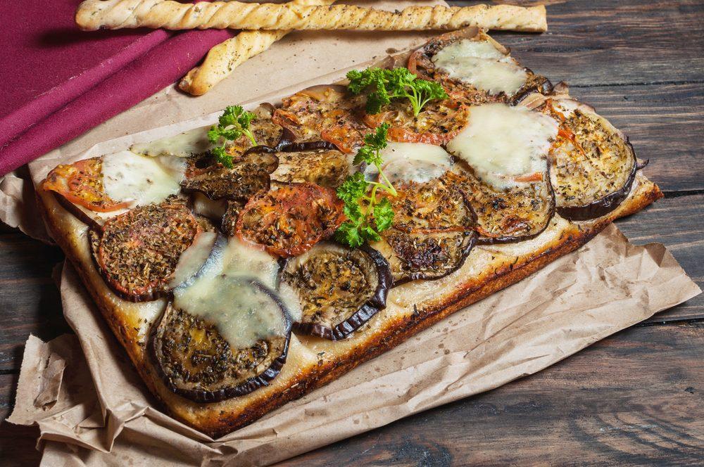 Une recette de foccacia à l'aubergine et fenouil pour les lundis sans viande
