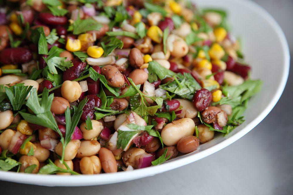 Une recette végétarienne de salades de haricots pour les lundis sans viande