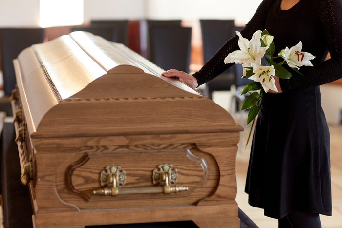 Des funérailles