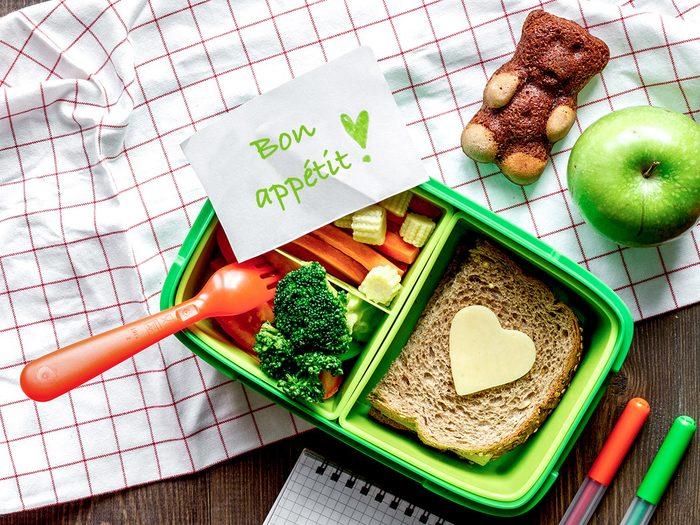 Privilégiez la simplicité pour le lunch des enfants.