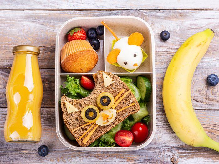 Donnez des protéines à vos enfants pour leur lunch.