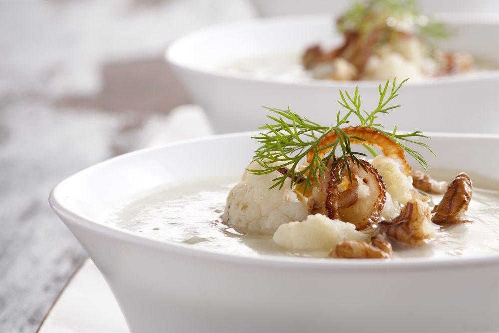 Une recette de soupe au chou-fleur et gruyère