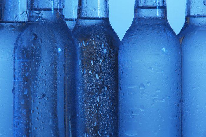 Une bière étrange de couleur bleue