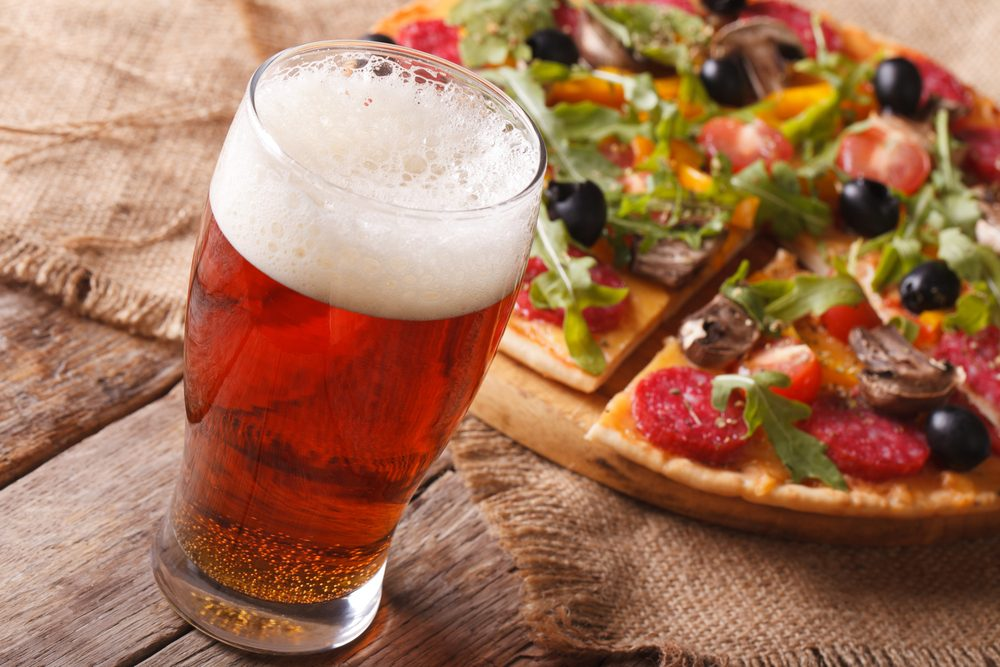 Une bière à saveur de pizza, quelle boisson étrange!