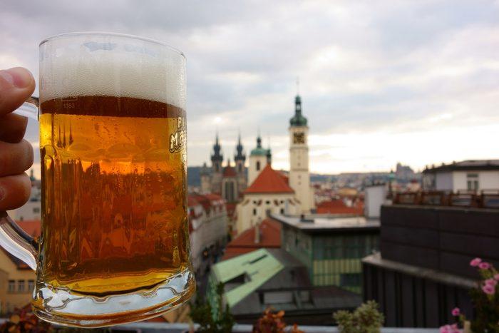 Prague est l'une des meilleures villes pour prendre une bière