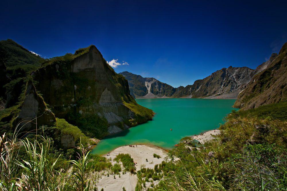 Voyage: découvrez le volcan célèbre en Philippines.