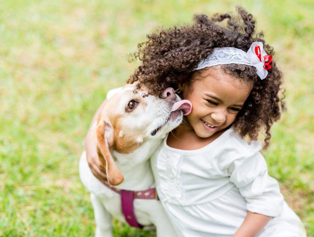 Les meilleurs trucs et conseils pour protéger vos enfants des morsures de chiens.