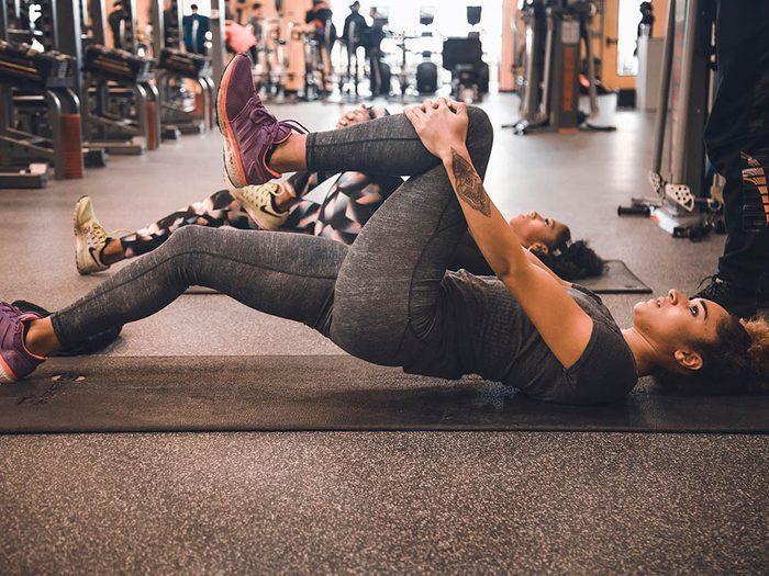 Faire de l'exercice aide à diminuer la tension artérielle.