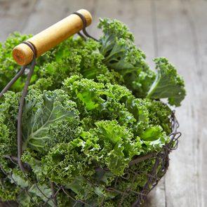 Pour combattre l'ostéoporose, faites le plein de vitamine K.