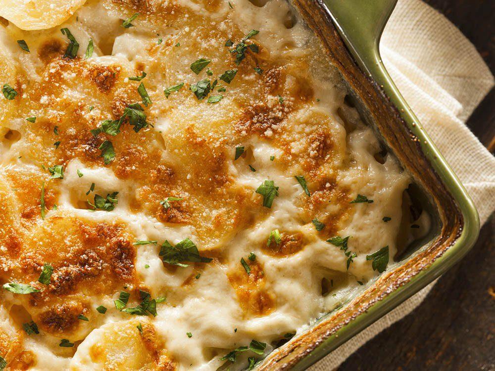 Essayez cette recette de pomme de terre en purée au munster.