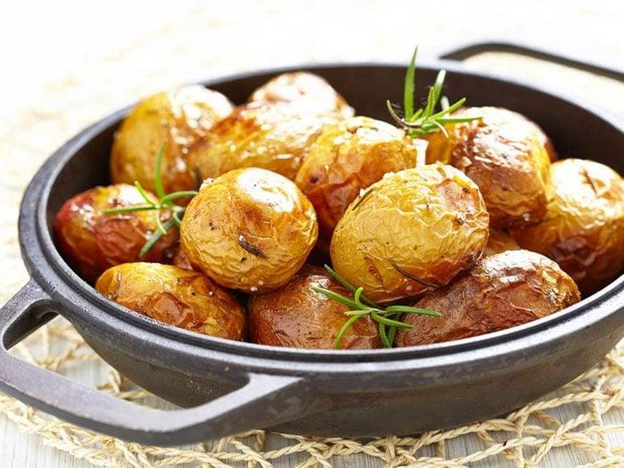 Les meilleures recettes de pommes de terre nouvelles au four