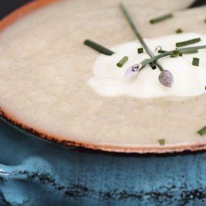 Soupe de pomme de terre au fromage suisse