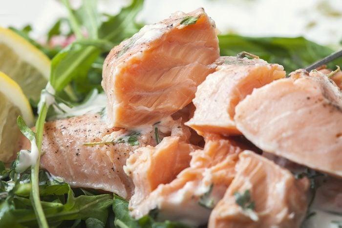 Une recette santé de saumon poché.