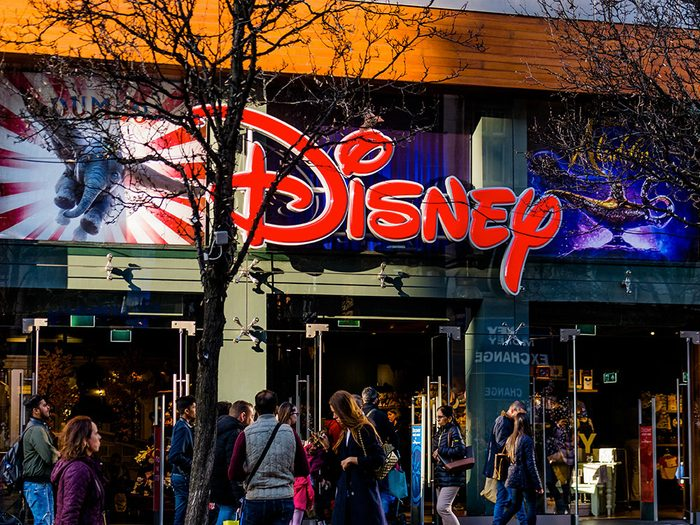 Le magasin de jouets Disney Store à Londres.