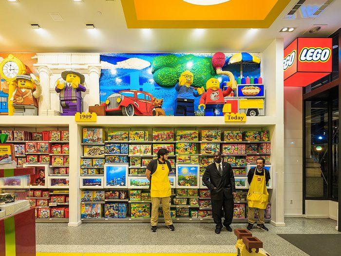 Le magasin de jouets LEGO à New York.