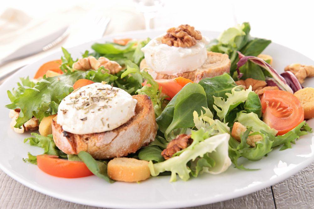 Une recette de salade au fromage de chèvre express