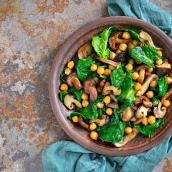 Salade d'épinards et pois chiches