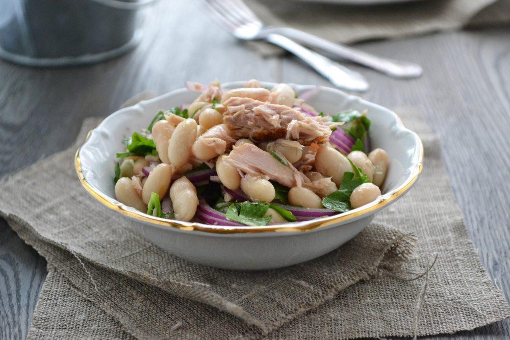 Une idée repas pour les lunchs de salade au thon et haricots blancs