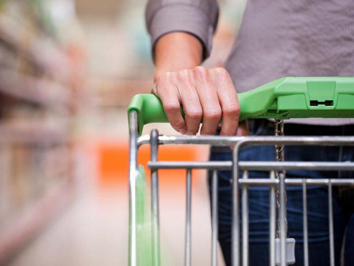 Pour des repas santé en famille, faites vos propres choix au supermarché.