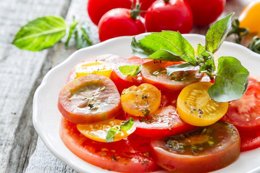 Une recette de salade santé aux tomates.
