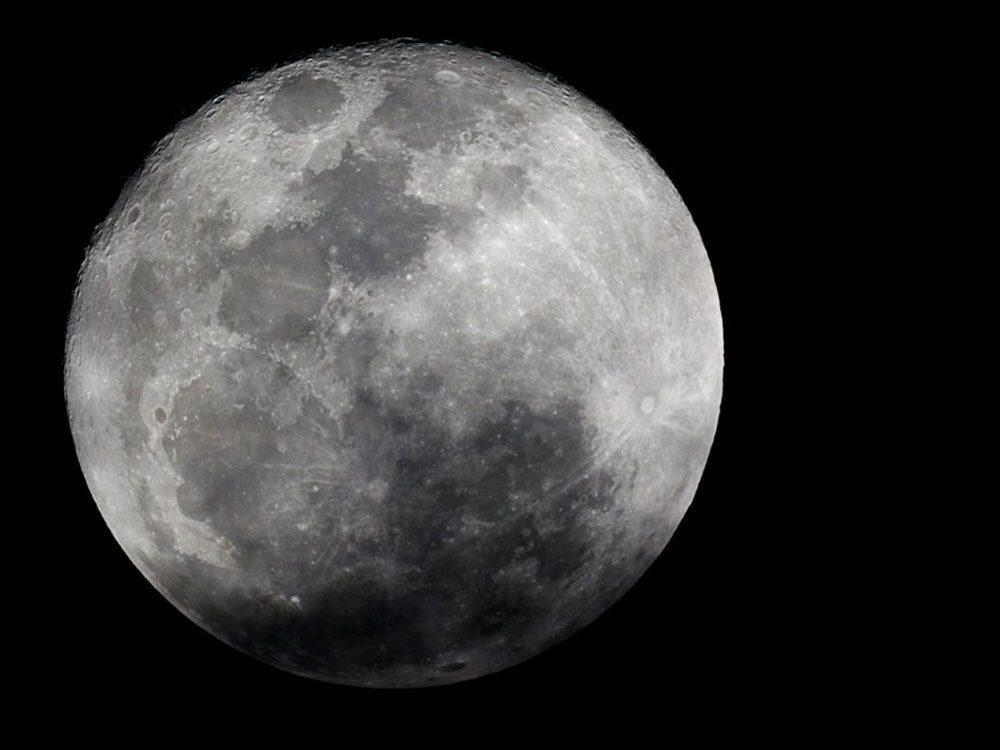 Une super pleine lune aurait contribué au naufrage du Titanic.
