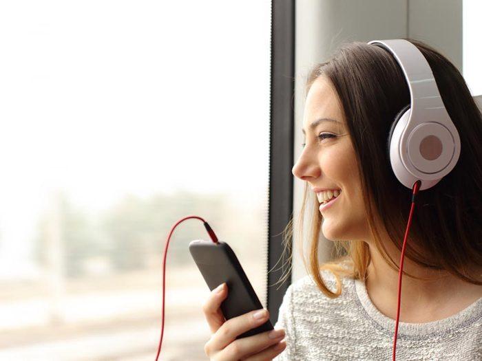 Énergie au travail: écoutez de la musique sur le chemin du retour.