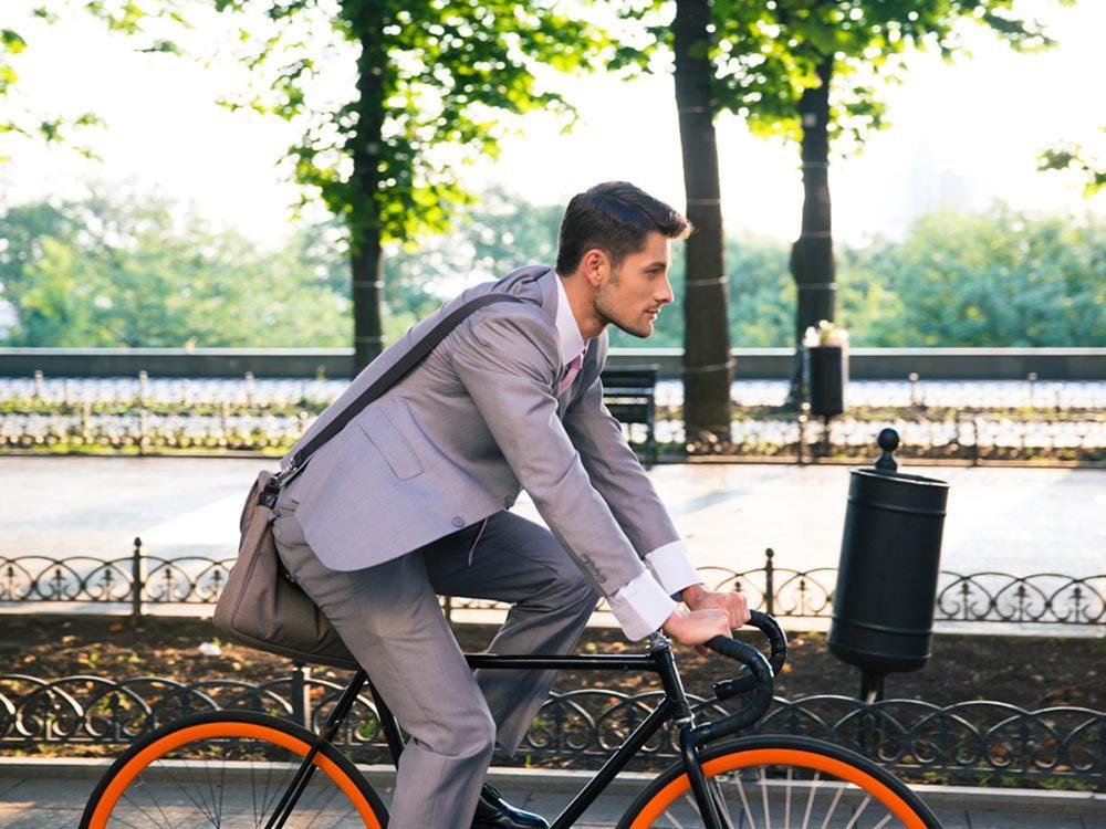 Stimulez votre énergie au travail en méditant sur le trajet.