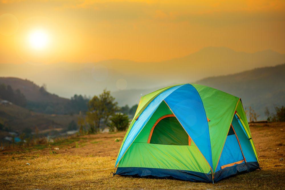 Les pires erreurs à ne jamais faire en camping: ne pas tester de l'équipement.