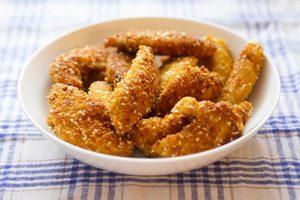 Bâtonnets de poulet pannés au panko et cuits au four
