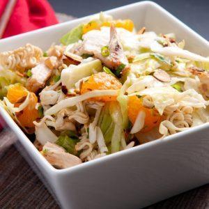 Salade de poulet à l'asiatique