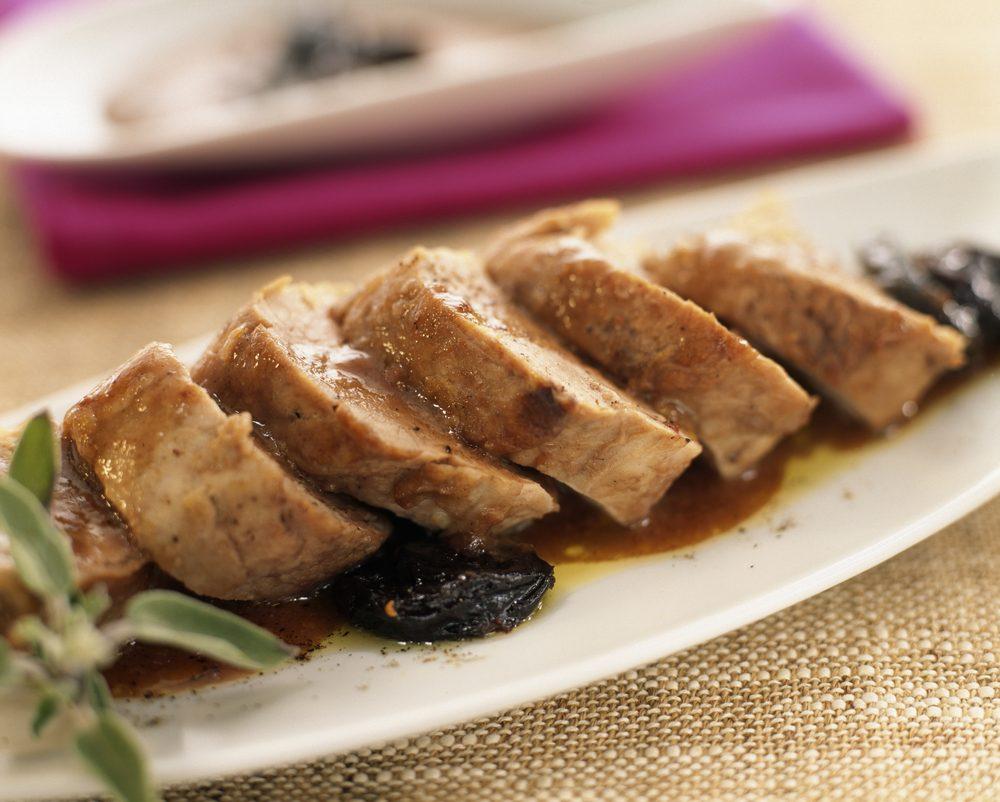 Une recette de côtelettes de porc aux prunes pour les diabétiques