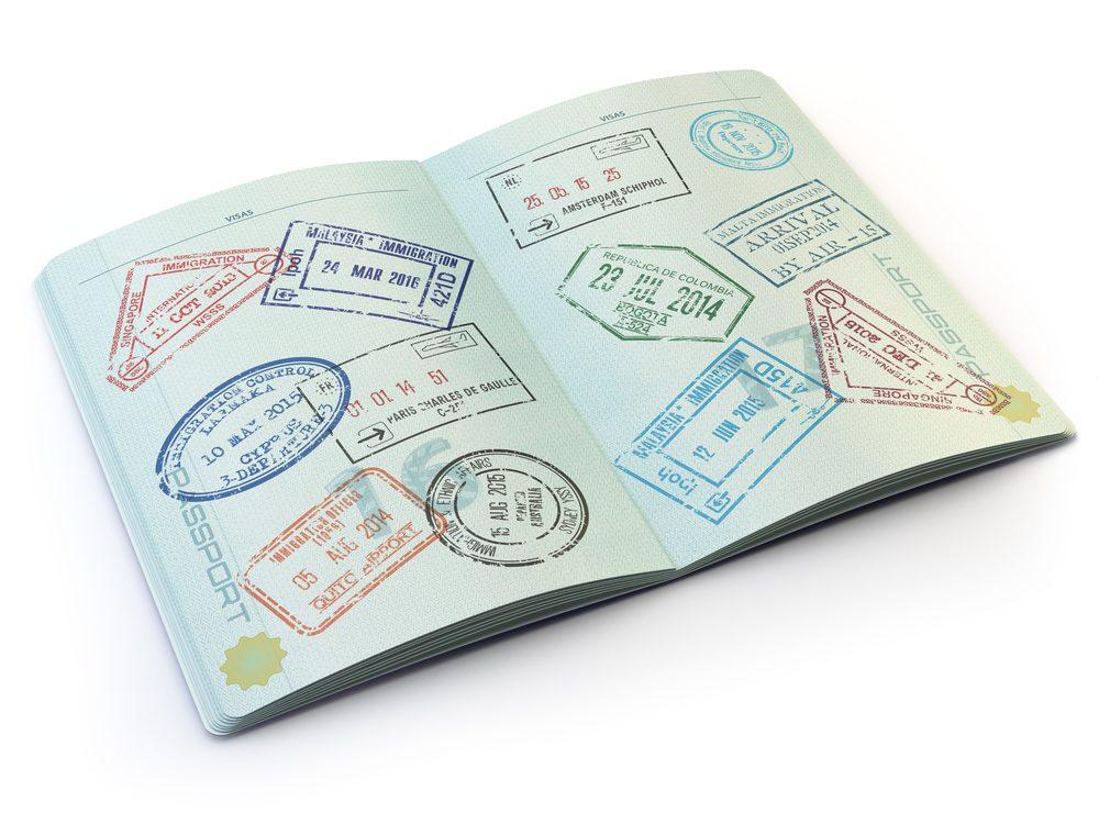 Évitez de voyager avec un passeport sur le point d'expirer.